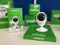 Câmera de Segurança IP Wi-Fi Intelbras – Interna Digital Infravermelho Visão Noturna iC3